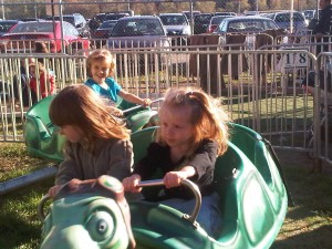 V and Cordy riding the flying turtles